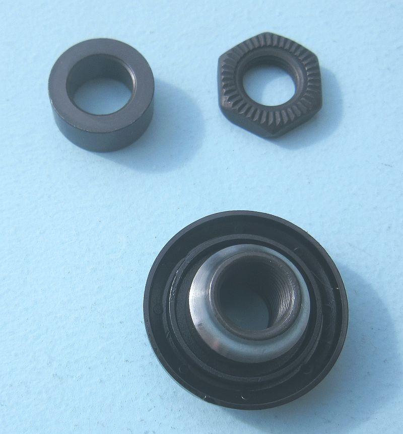 Shimano WH-R501 left hand lock nut unit